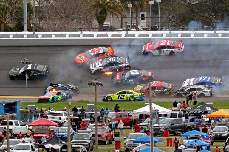 16 Cars 'Big Wreck' At Daytona 500 involving Bowman, Newman, Jones & Others