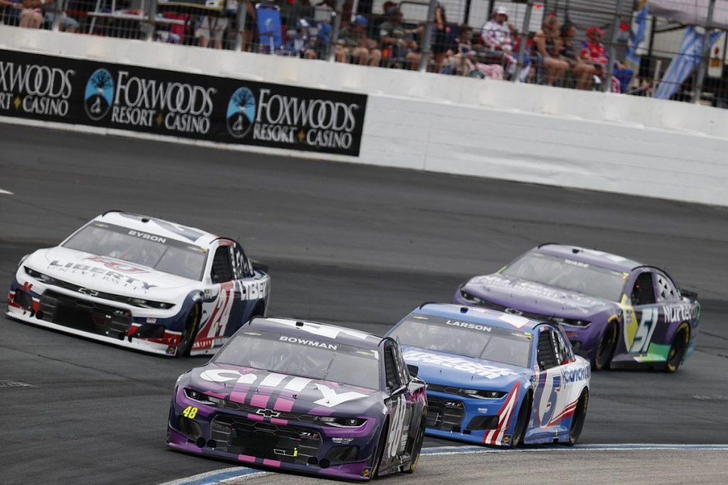 NASCAR penalizes Hendrick Motorsports executives