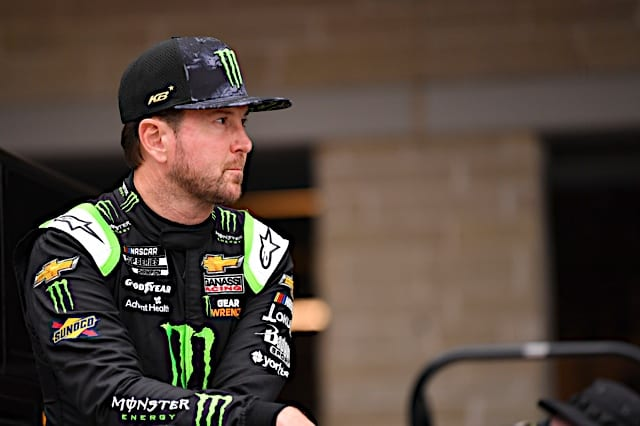 Kurt Buschto form a two-driver team withBubba Wallace at 23XI in 2022